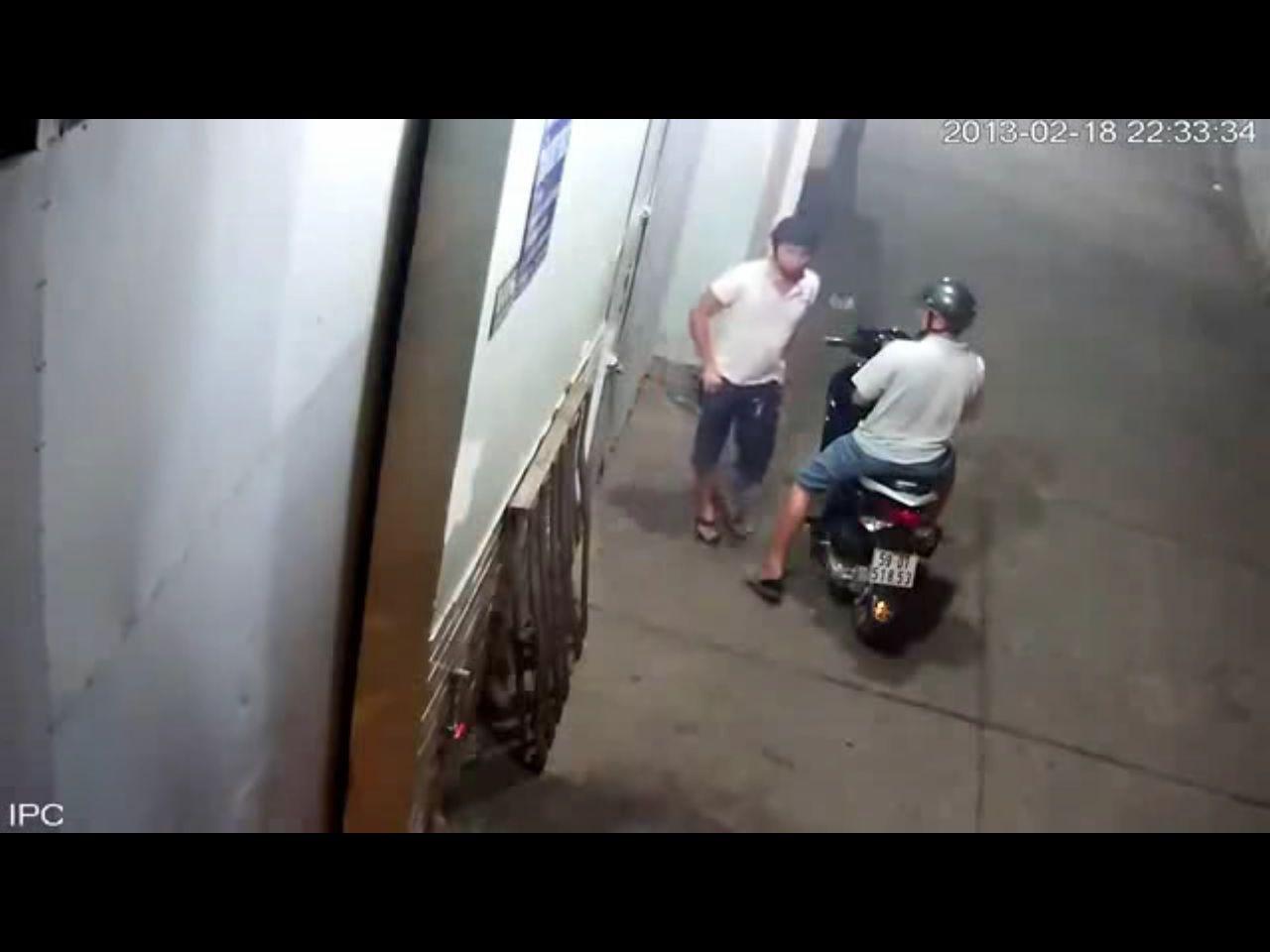 Trộm liều ăn cắp Honda Air Blade dù chuông báo động kêu ầm ĩ